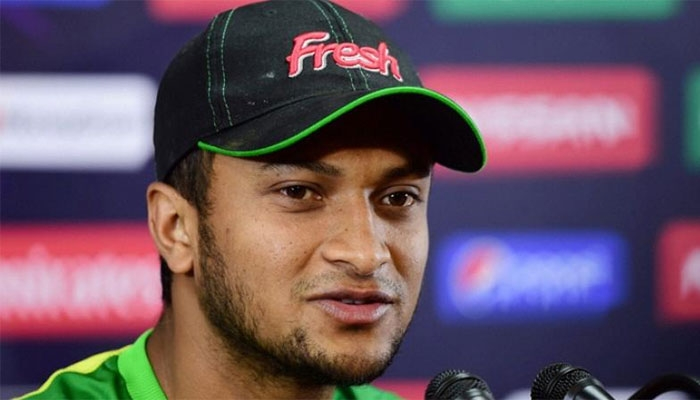 Shakib stays mum on politics
