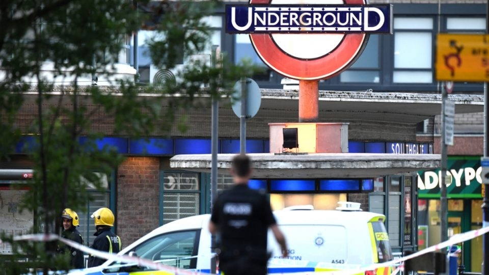 Five injured in 'minor' explosion at London underground station