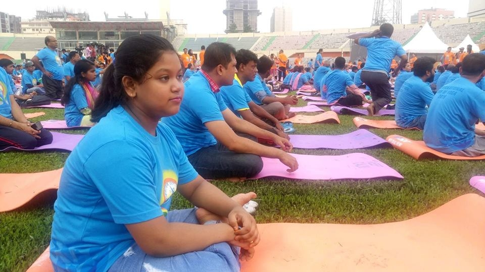Thousands join Yoga Day celebration in city