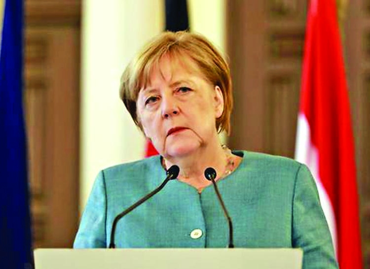Angela Merkel plays down chances of breakthrough
