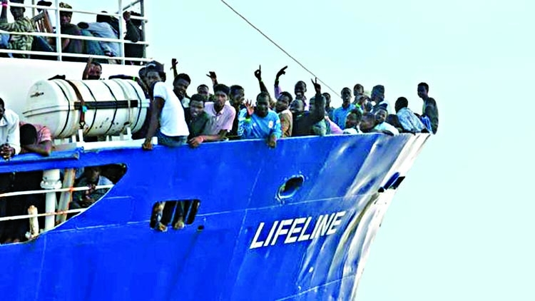 Malta snubs migrant ship, says Italy