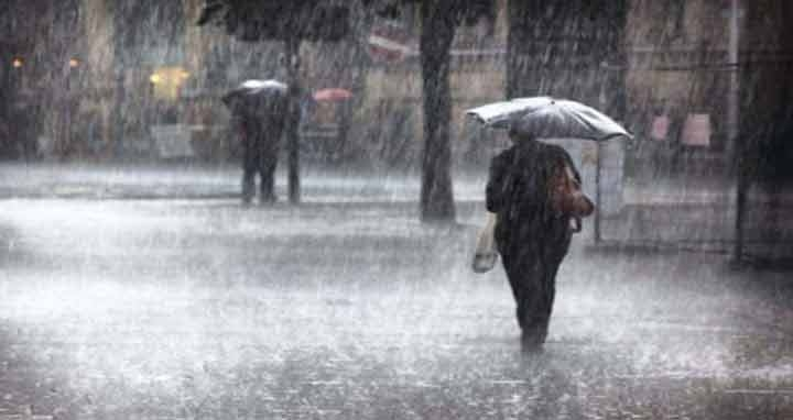 Heavy rainfall likely in 4 dists