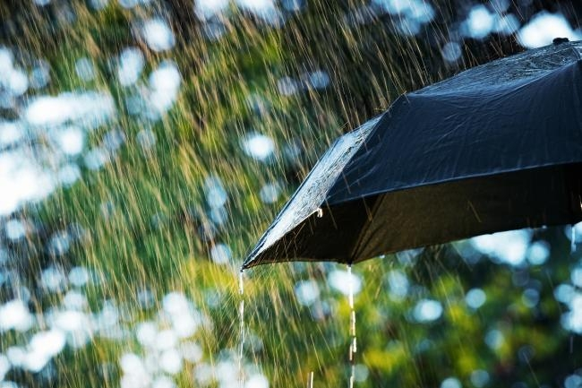 Met office predicts rain until early tomorrow