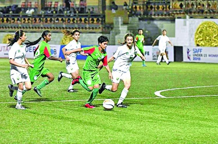 Bangladesh girls pummel Pakistan 14-0