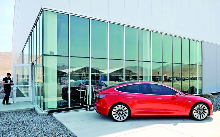 Whistleblower accuses Tesla's Nevada