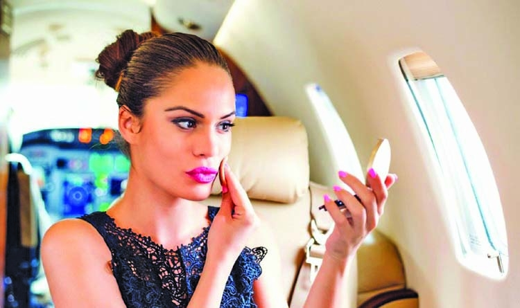 The ultimate in-flight beauty tips for frequent fliers