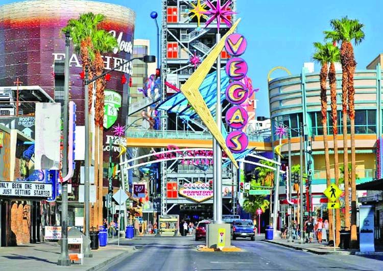 Las Vegas booming again, bracing for slump