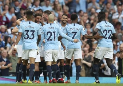 With many Abu Dhabi sponsors, Man City makes record revenue