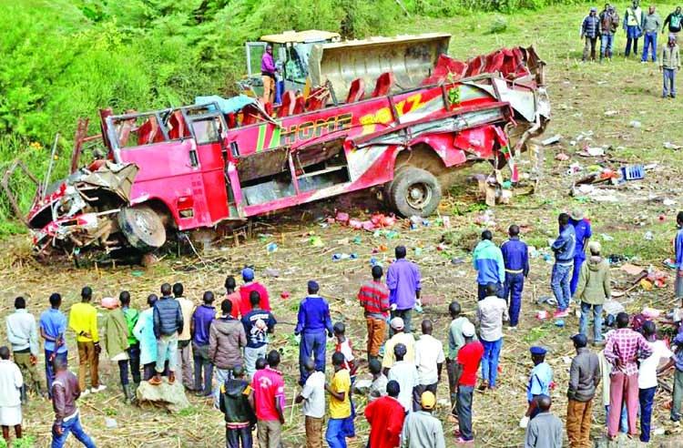 Fifty killed in Kenya crash
