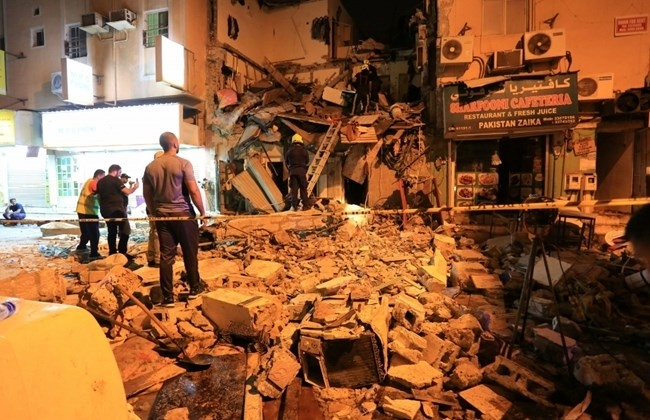 Police say 4 killed in Bahrain building collapse