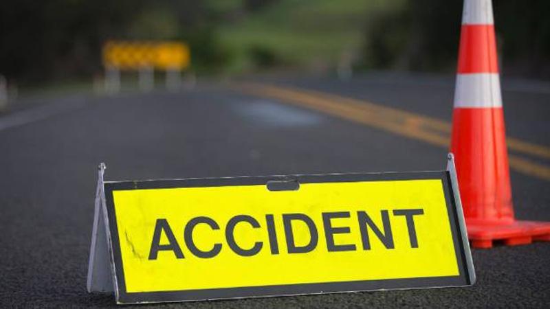 Two killed in Faridpur road crash