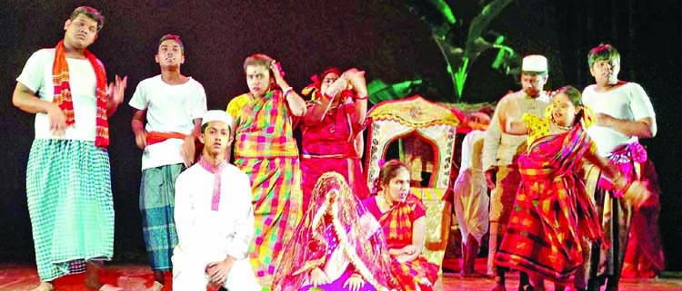 Children with special needs perform in historical plays