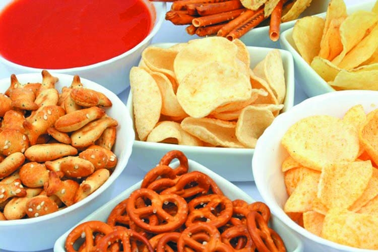 Snacking can make you age faster & gain more weight