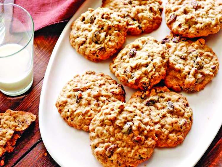 Honey-granola cookies