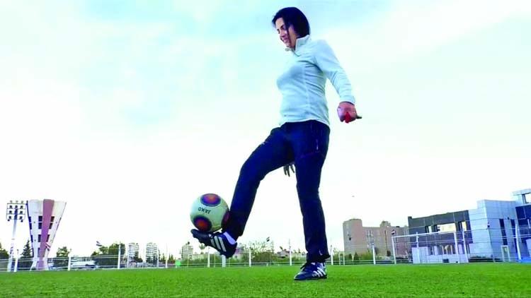 Woman coach in Syrian men's football team