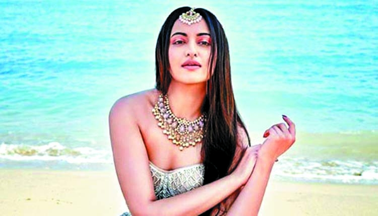 Sonakshi: I am proud to be a part of 'Kalank'