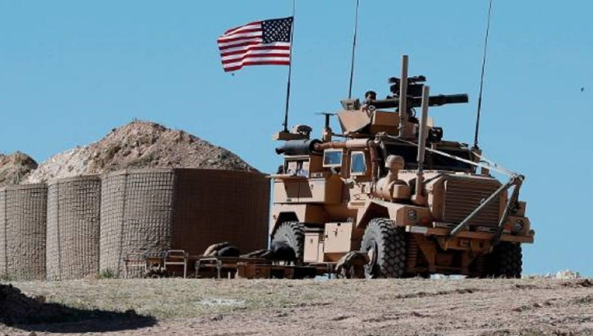 US begins moving military equipment out of Syria