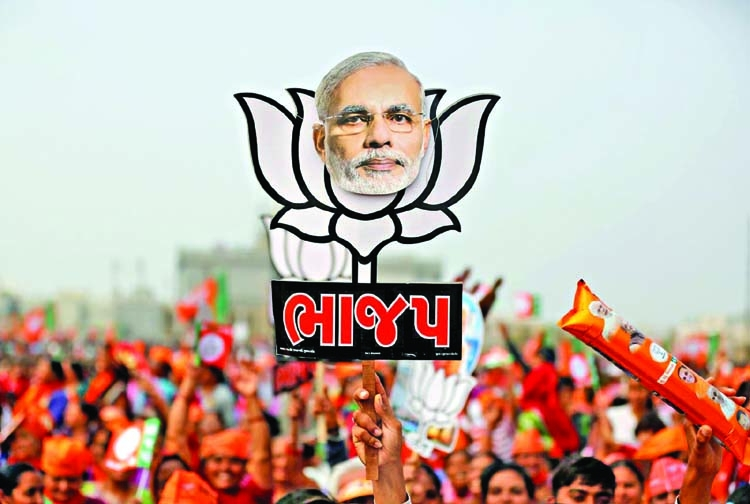 Modi aims to tempt voters with pre-election perks