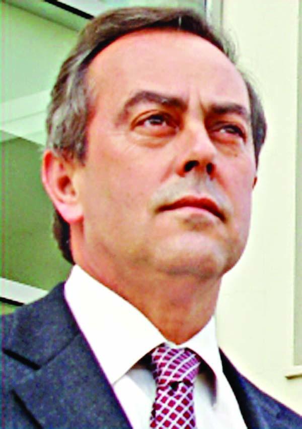 Dr Julio Mendes joins IUBAT as visiting professor