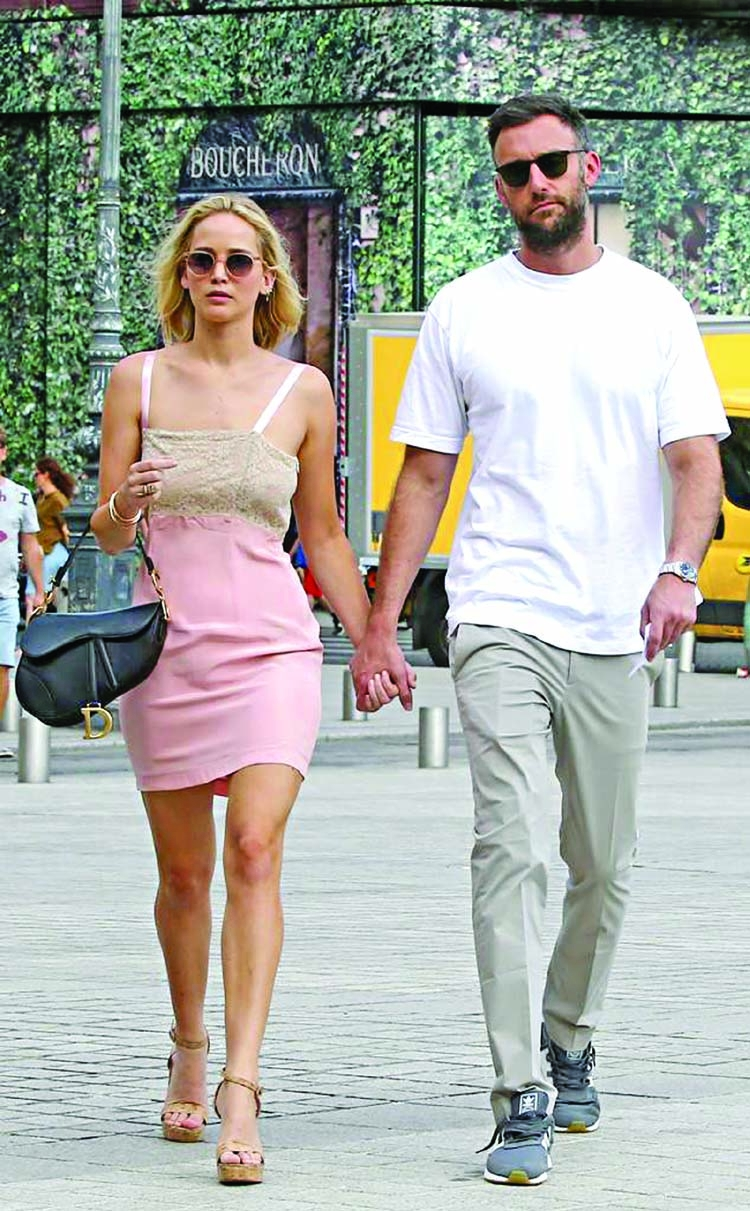 Jennifer Lawrence and Cooke on a date