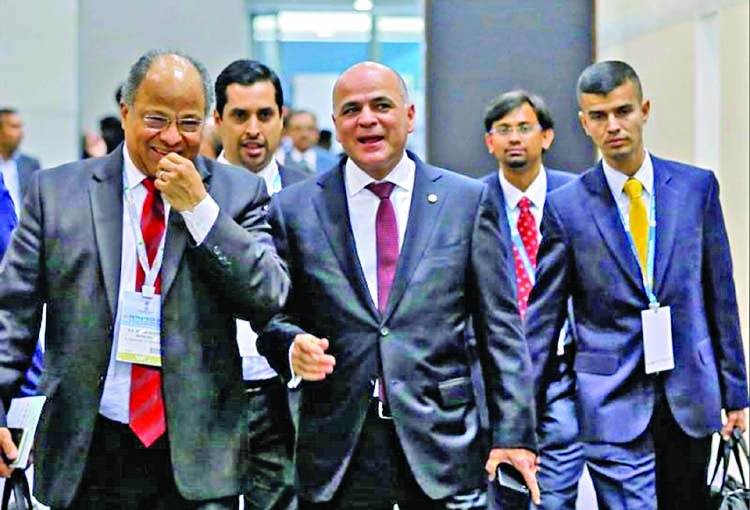Venezuela opens barter trade with India to boost oil sales