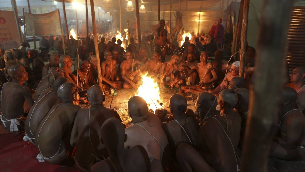 Naked pot-smoking sect grows at Indian Hindu fest