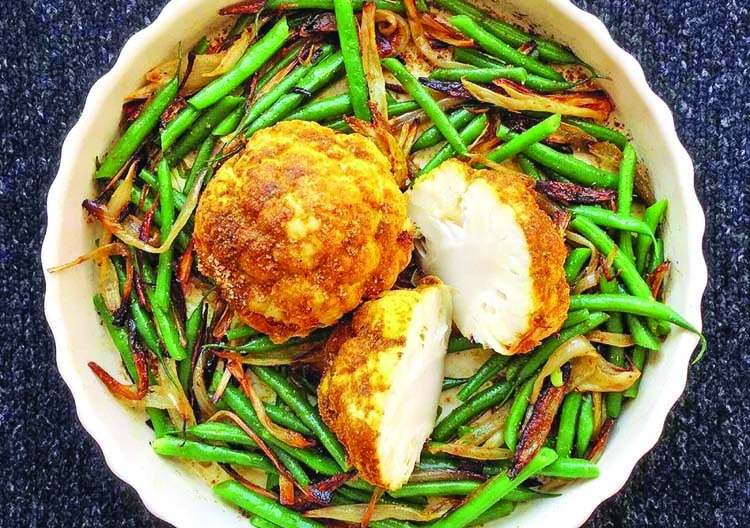 Roasted cauliflower with shallots and green beans