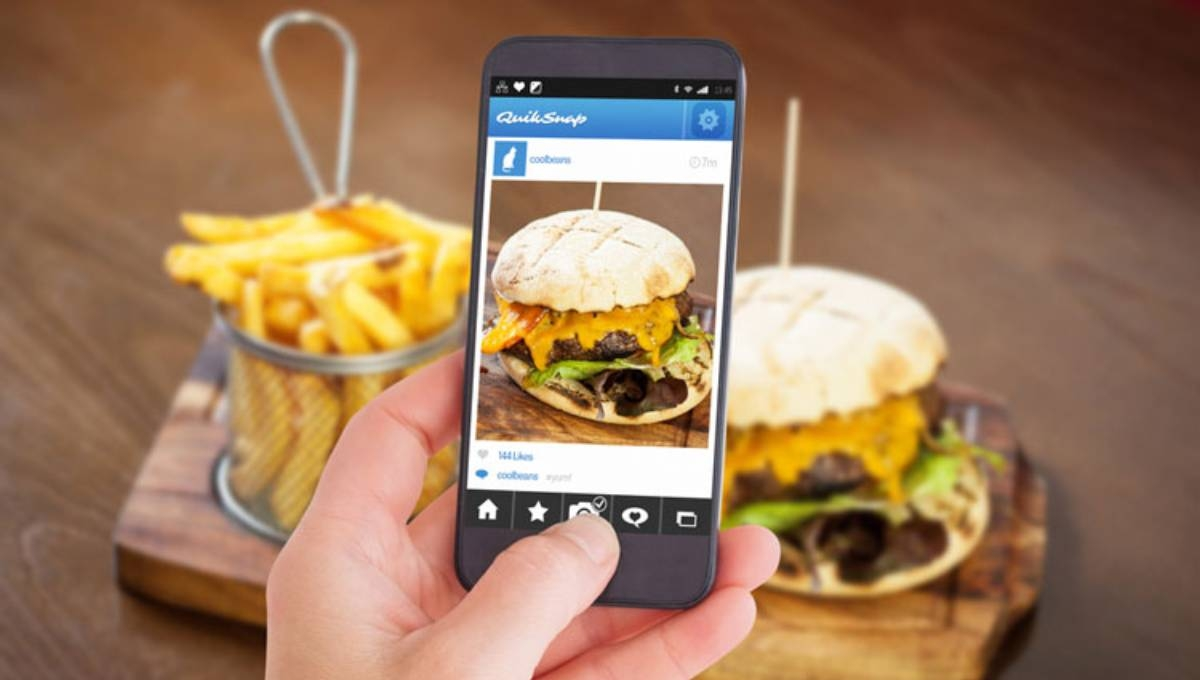 Social media could increase children's unhealthy food intake, research suggests