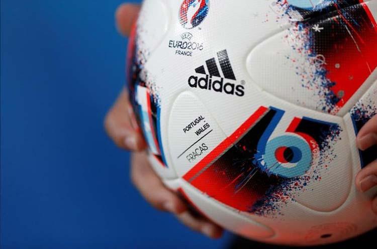 Production bottlenecks to hobble Adidas in 2019