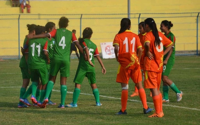Bangladesh women in SAFF semis