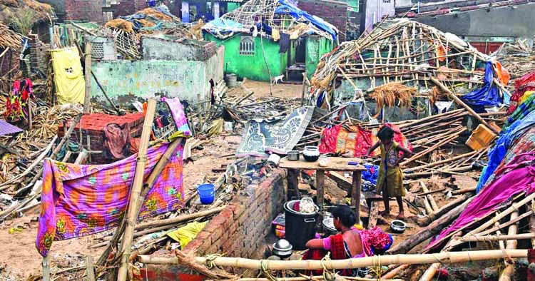 Cyclone Fani survivors block road in Odisha