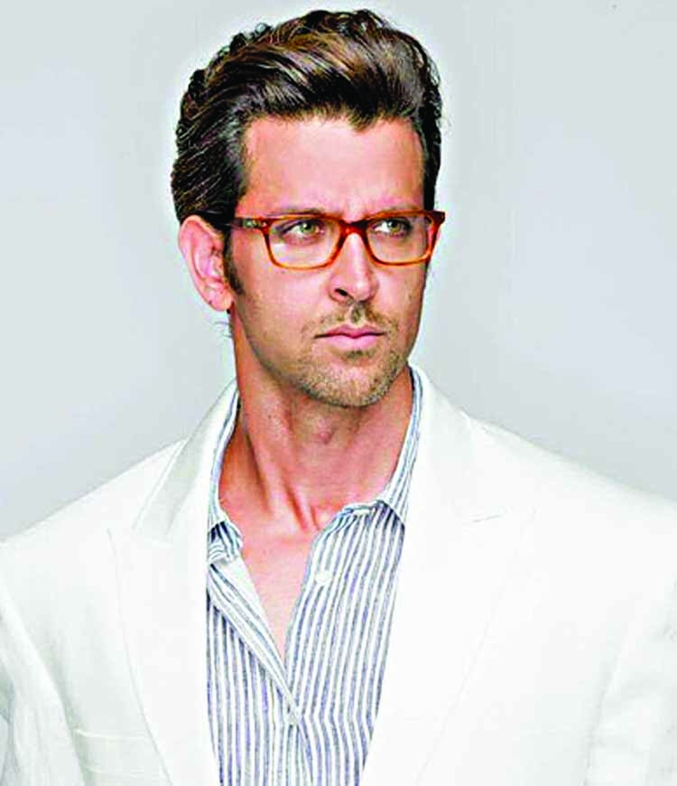 Hrithik shifts the release date of 'Super 30' yet again