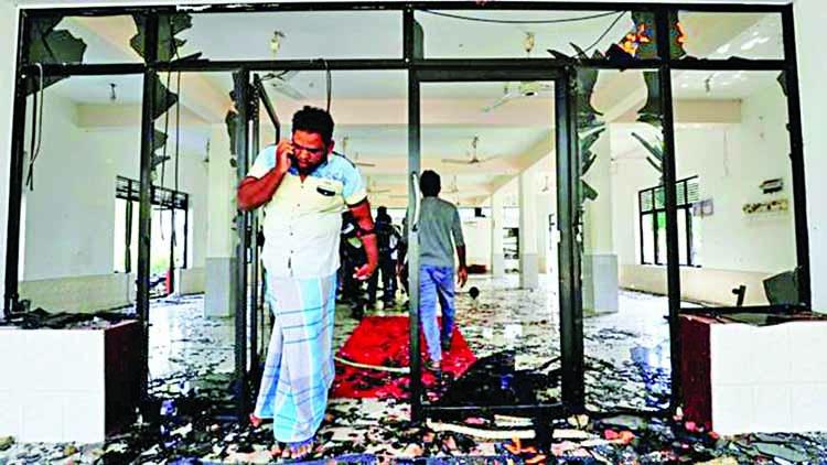 Sri Lanka curfew amid anti-Muslim violence