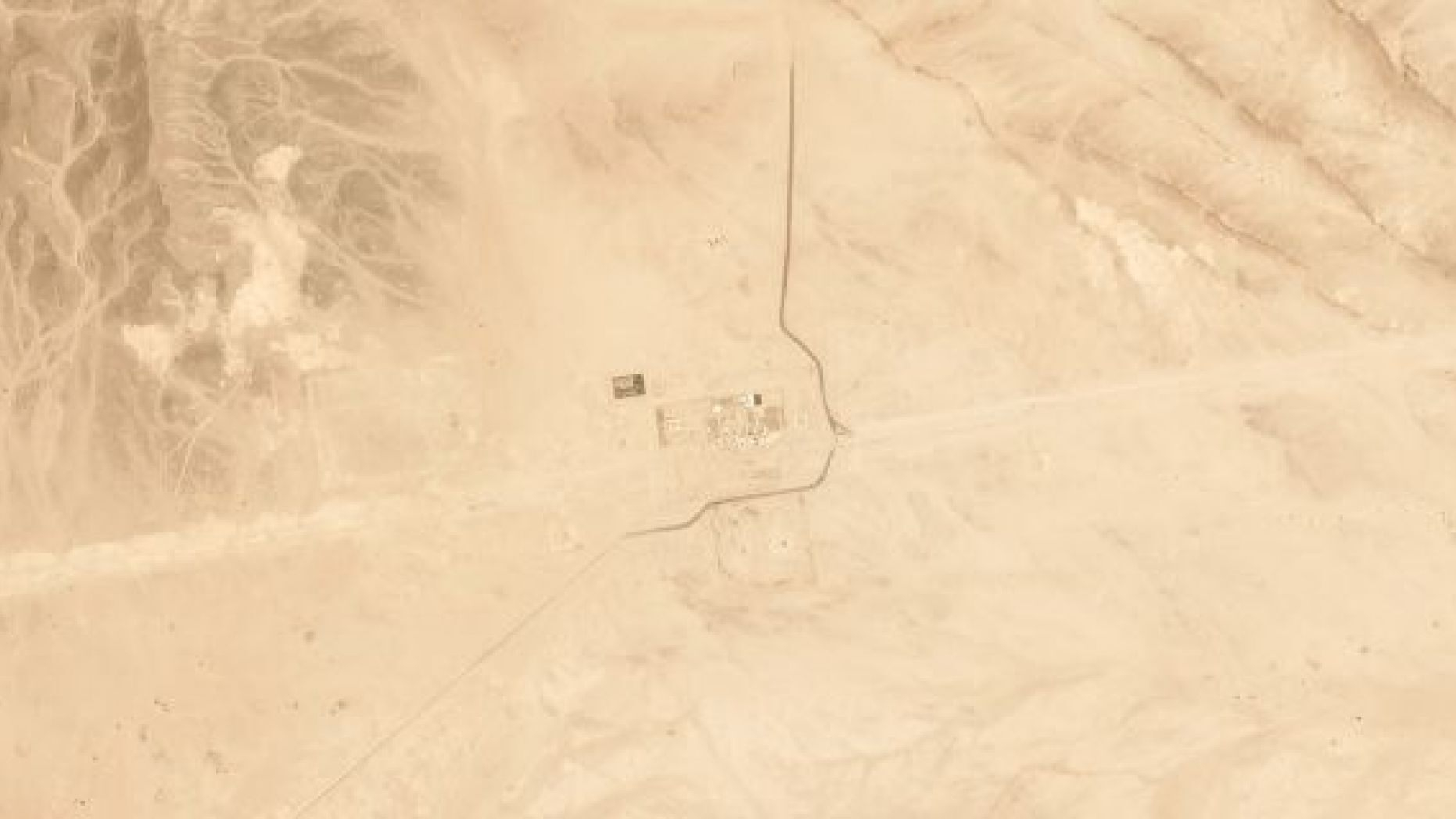 Satellite image shows Saudi pump station after drone attack