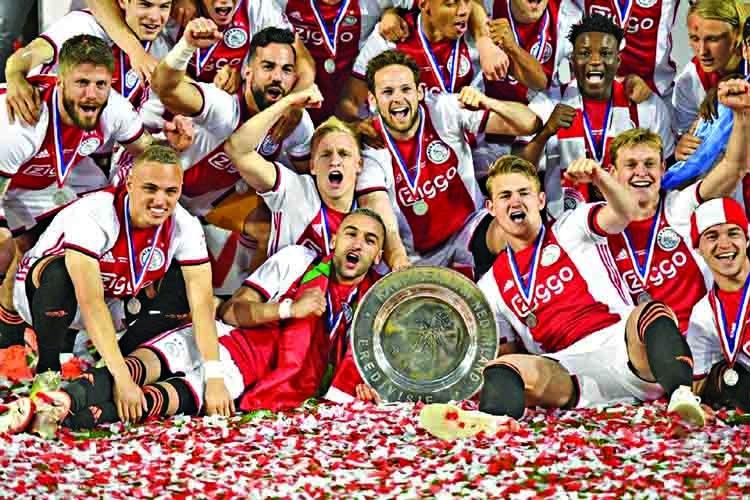 Ajax clinch Dutch league title