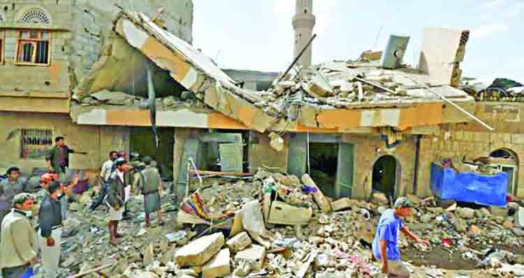 Saudi-led coalition in Yemen strikes Sanaa