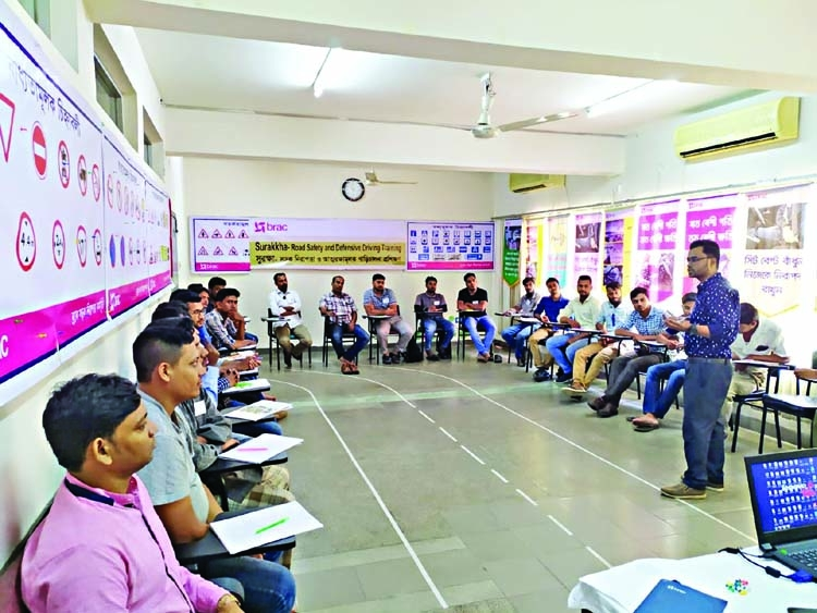 Shohoz, Brac Shurakkha holds Motorcyclist training