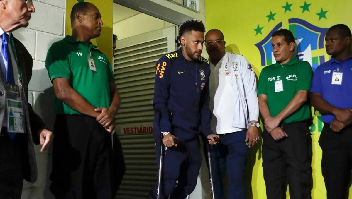 PSG says Neymar's injury to be re-assessed in next 3 days