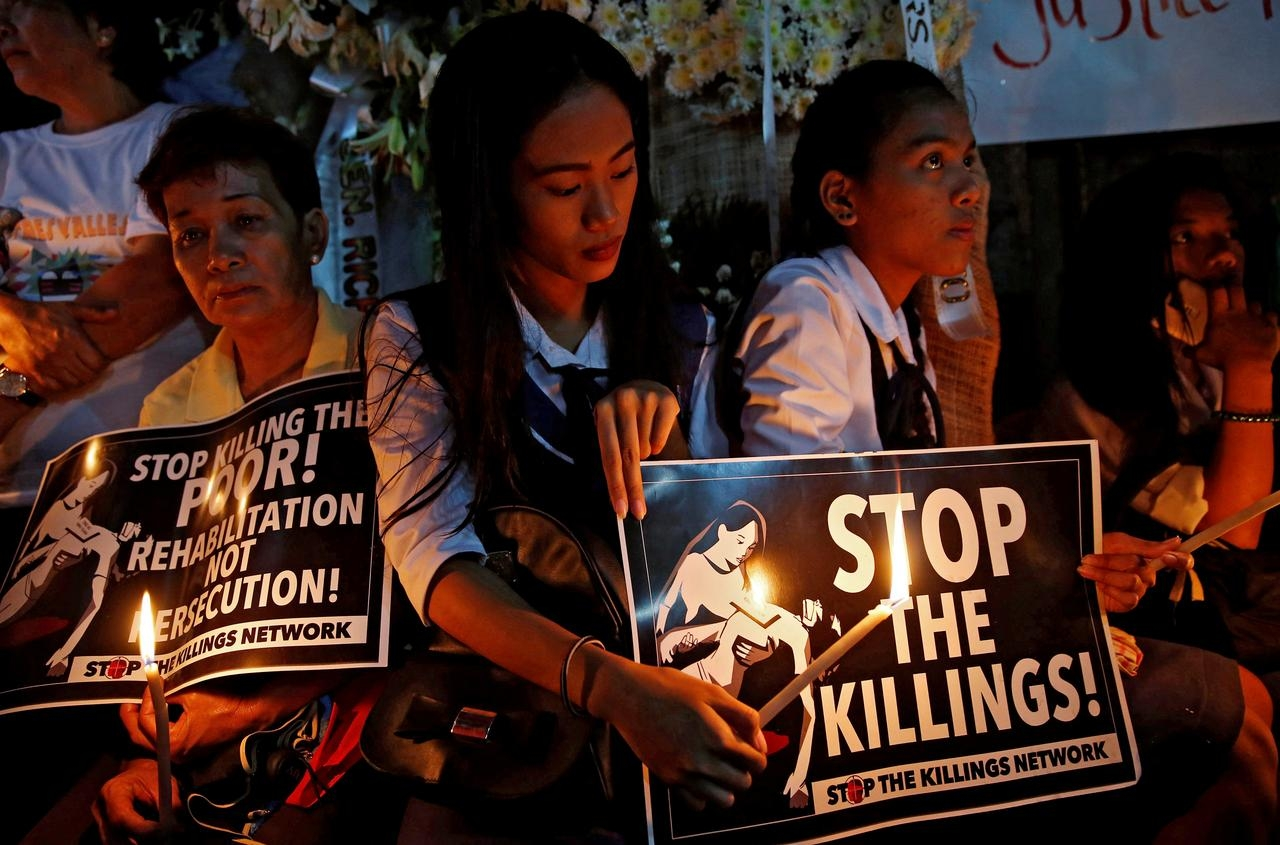 U.N. rights experts seek inquiry into Philippines killings