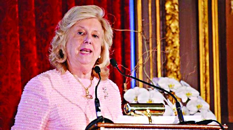 Publisher drops Central Park Five prosecutor