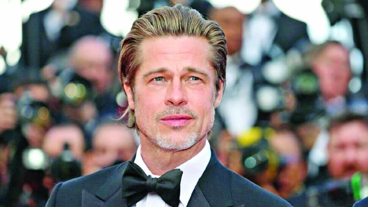 Brad Pitt, not a mascot of 'Straight Pride Parade'!