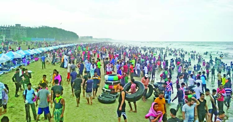 Cox's Bazar thronged with visitors amid Eid holidays