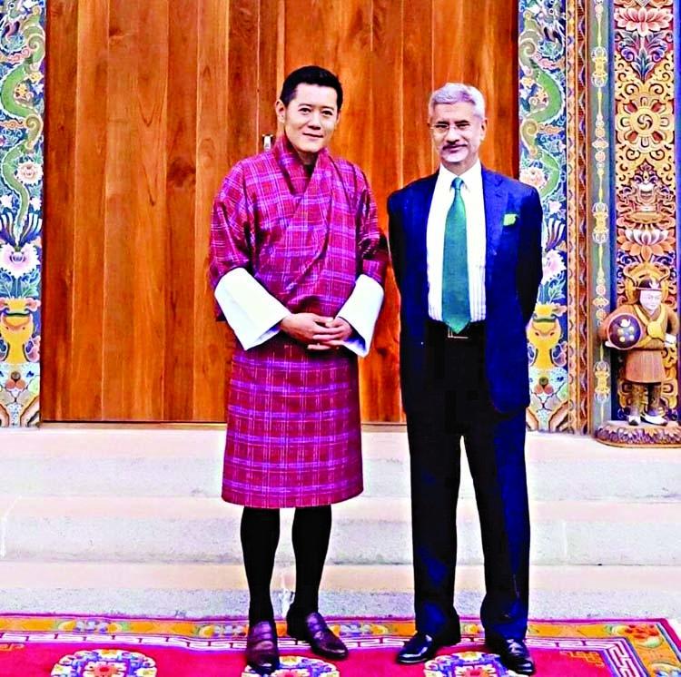 Jaishankar calls on Bhutanese King