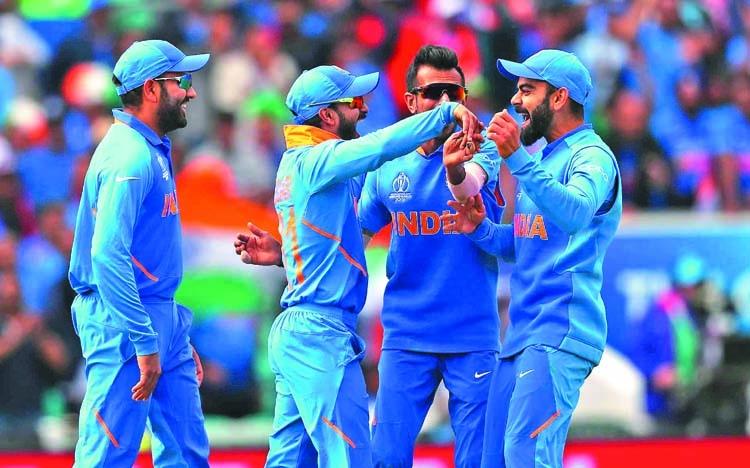 India beat Aussies