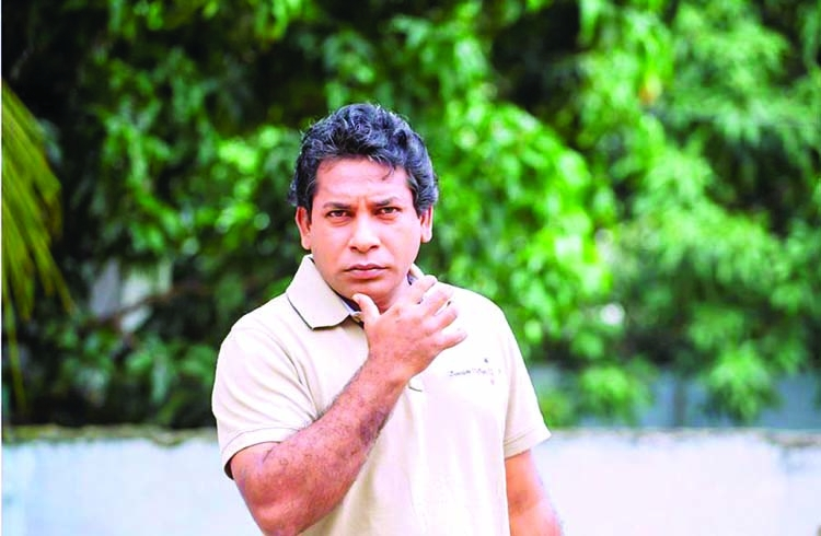 Mosharraf dominates small screen