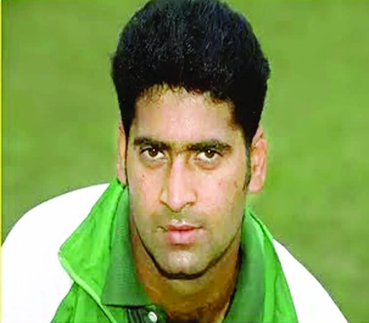 Former Pak batsman Akhtar Sarfraz dies