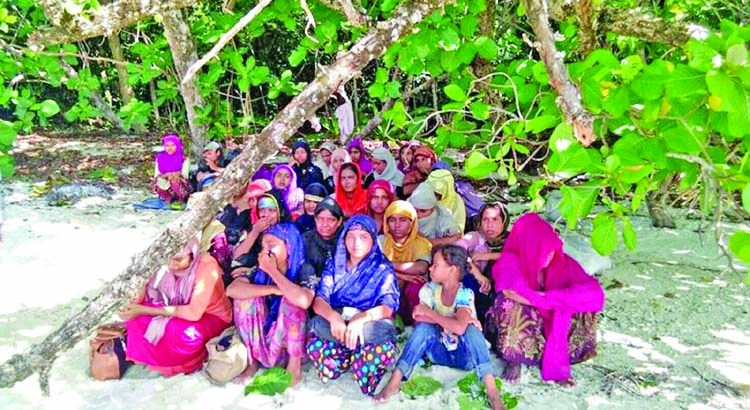 'Rohingya Muslims found stranded on Thai island'