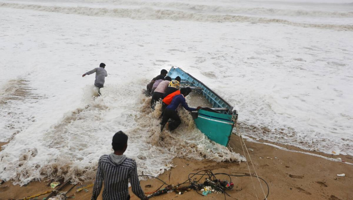 India's west coast hunkers down as Cyclone Vayu approaches