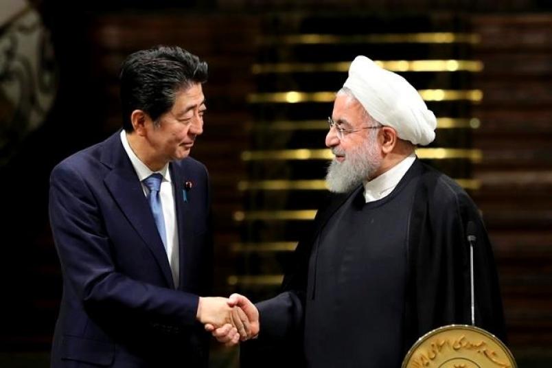 UK group warns of Oman Sea incident as Japan PM visits Iran