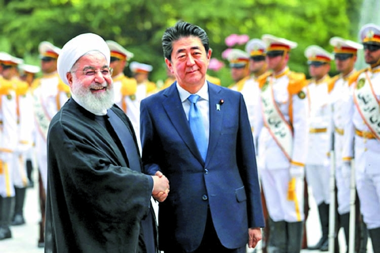 Abe urges Iran to play 'constructive role'